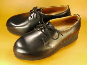 キツイ・小さいメンズブーツの幅出し靴修理20